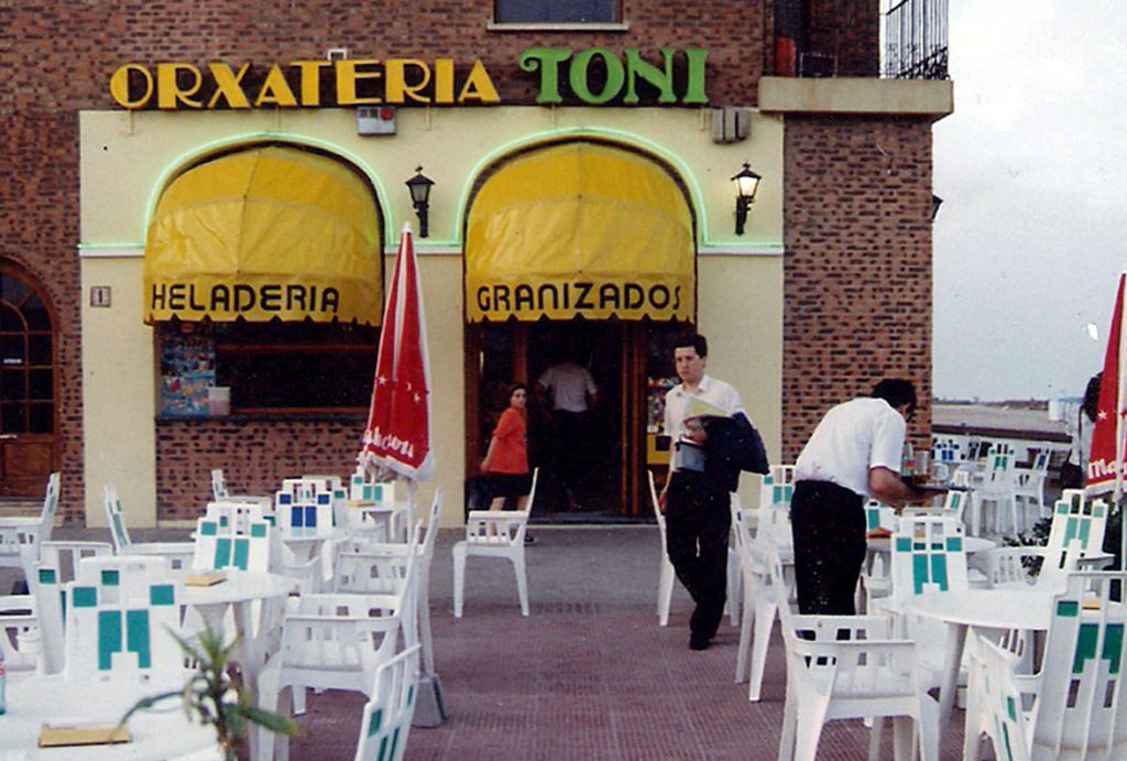 Antigua Terraza Horchatería Toni Port Saplaya